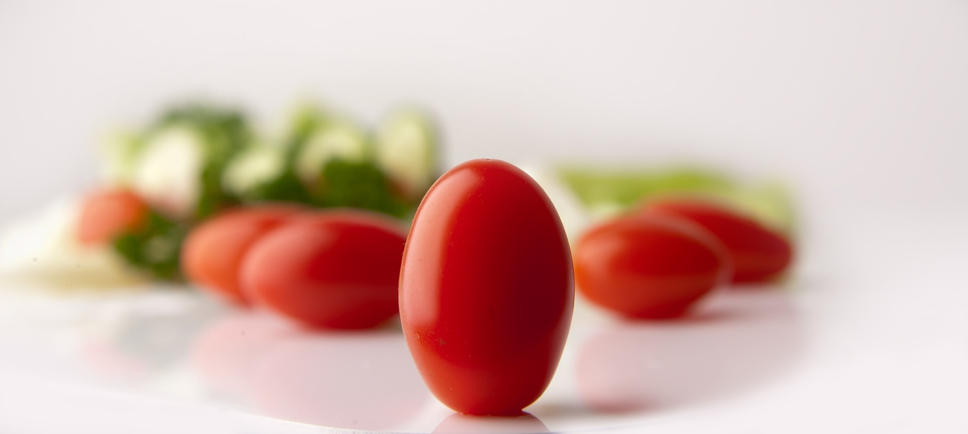 tomatoes-646645_1920